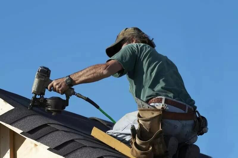 Time to Call a Winter Haven Roof Repair Contractor